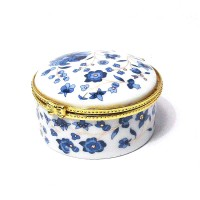Exquisite Handcrafted Round Floral Pattern Porcelain Jewelry Box