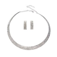 Chic Sparkling Clear Rhinestone Choker Necklace Set
