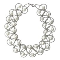 TIGERSTARS LUSTROUS WHITE FRESH WATER PEARL SILVER PIANO WIRE NECKLACE